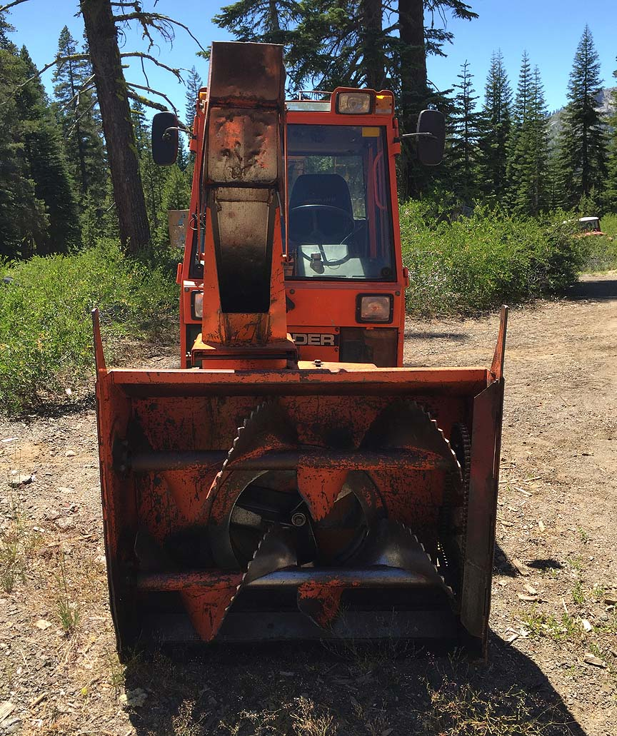 Pisten bully 100 for sale - Holder Snowblower Attachment