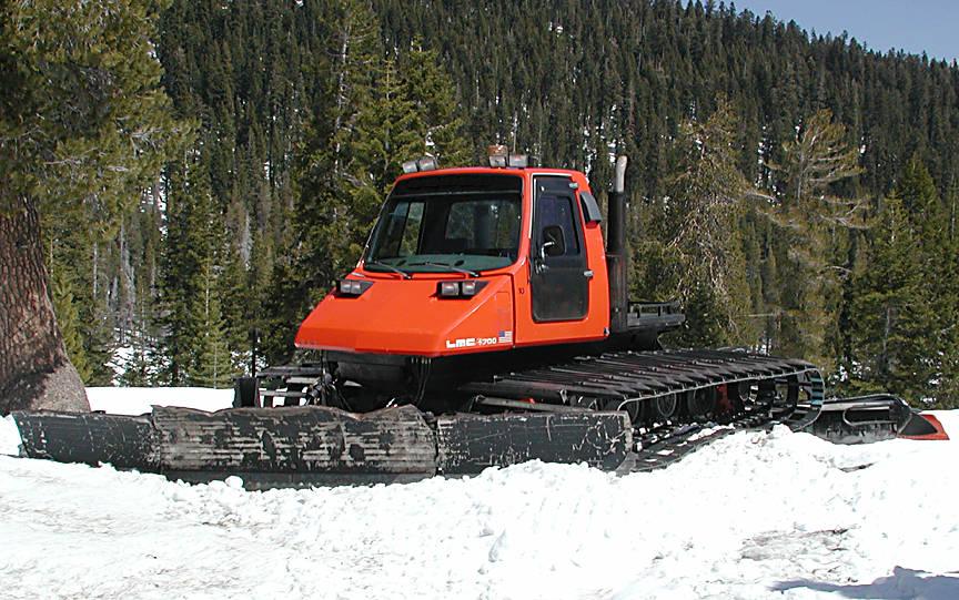 LMC 4700 Groomer Snowcat